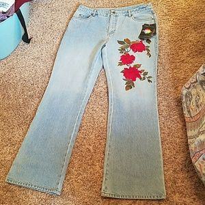 vintage high waisted embroidered mom jeans